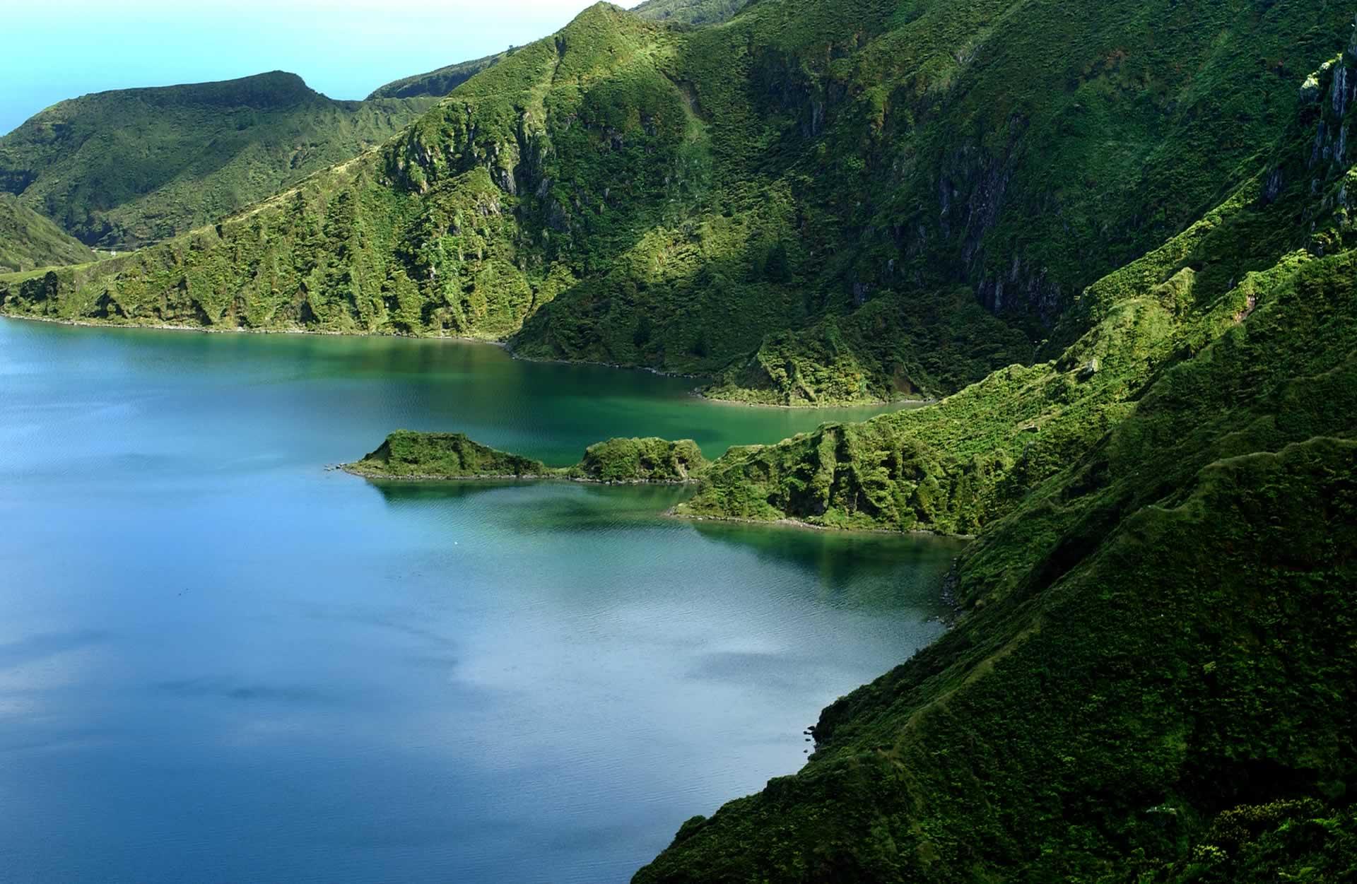 Randonnée du mirador Vista do Rei au lac de Sete Cidades, île de São Miguel